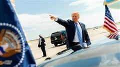 Học giả Mỹ chỉ trính ông Trump phá chính sách đối ngoại