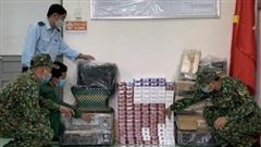 An Giang thu giữ 1.080 gói thuốc lá và hàng điện tử nhập lậu