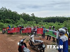 Bình Dương: Nhiều người đòi lại tiền khi mua đất của 'dự án ma'