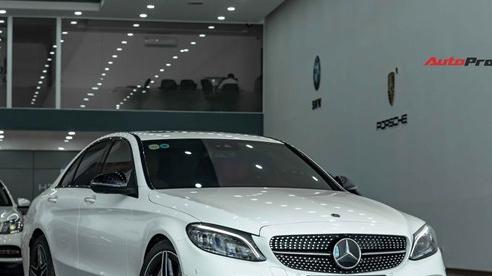 Chưa kịp thay dầu, chủ Mercedes-Benz C 300 AMG đã rao bán xe khi mới chạy 3.600 km