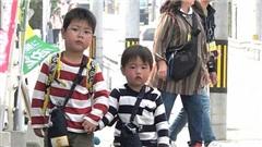 Mẹ Nhật Bản để con 3 tuổi đi chợ một mình: Cách giáo dục 'đặc biệt' ở đất nước mặt trời mọc