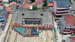 Tua nhanh dịch chuyển nhà 100 tuổi trong 30 giây tại Trung Quốc