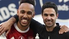 Aubameyang ra điều kiện ở lại Arsenal