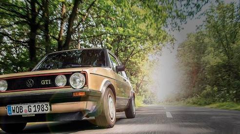 Những chiếc xe vĩ đại nhất mọi thời đại: Thập niên 80 lồng ghép mọi thứ chẳng liên quan vào trong một cỗ máy tinh tế