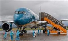 278 công dân từ vùng dịch châu Âu về nước qua sân bay Vân Đồn