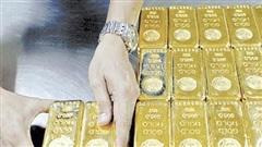 Giá vàng thế giới có thể đạt mốc 2.000 USD/oz