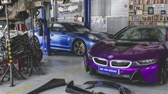 Cận cảnh thợ độ Đà Nẵng lắp ráp bodykit chất chơi giá hàng trăm triệu cho BMW i8
