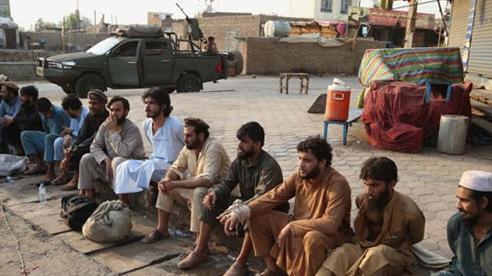 Afghanistan: Hàng trăm tù nhân vượt ngục