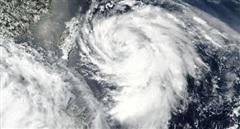 Sau đợt mưa lũ lịch sử, Trung Quốc lập tức bị bão lớn càn quét
