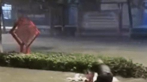 Tin lũ lụt mới nhất ở Trung Quốc: Mực nước sông Trường Giang chưa rút, bão đã đổ bộ về