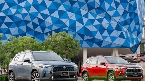 Quyết đấu trong phân khúc SUV, Toyota ra mắt Corolla Cross với giá hơn 700 triệu đồng