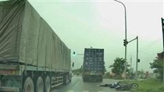 Tìm ra lái xe container gây tai nạn chết người ở huyện Mê Linh