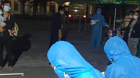 Đi từ vùng dịch về nhưng không báo, khi ho, sốt mới đến trạm Y tế xã khai báo dịch tễ