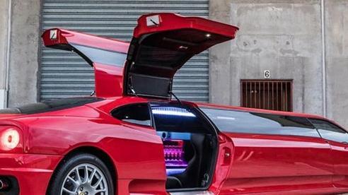 Siêu xe Ferrari 360 Modena phiên bản limo cực độc tìm chủ mới