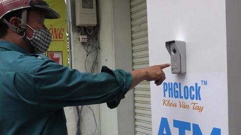 Video: 'ATM khẩu trang' bắt đầu hoạt động, phát 8000 chiếc miễn phí trong ngày đầu tiên