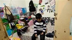 Cuộc sống tù túng trong những đường hầm nằm sâu dưới lòng đất ở Bắc Kinh