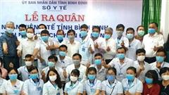 Nhân viên y tế Bình Định lên đường chi viện Đà Nẵng