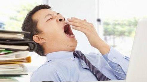 Sau cái ngáp ngủ, chàng trai phải nhập viện cấp cứu vì thủng phổi suýt mất mạng