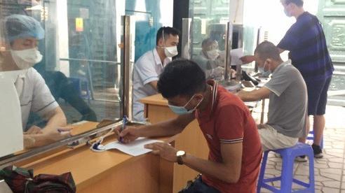 Bệnh viện Phổi Trung ương lên tiếng sau khi phát hiện ca mắc mới COVID- 19 ở Hà Nội từng đến khám