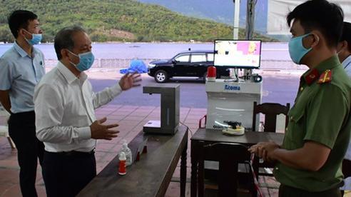 Huế sẽ chi viện 40 bác sỹ, điều dưỡng 'chia lửa' cùng Đà Nẵng