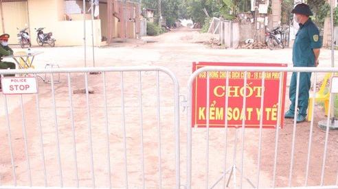 Phong tỏa, cách ly y tế 150 người tại thôn có bệnh nhân nghi mắc COVID-19 mới nhất tại Hà Nội