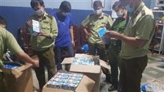 An Giang bắt lô khẩu trang y tế gần 75.000 chiếc không rõ nguồn gốc