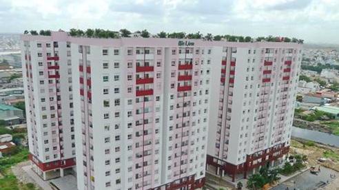 Thành phố Hồ Chí Minh dỡ bỏ lệnh phong tỏa chung cư có người mắc Covid-19
