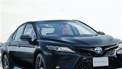 Toyota Camry Black Edition - Quà sinh nhật 40 tuổi đen toàn tập