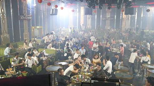 Bình Dương tạm dừng hoạt động các quán bar, karaoke, vũ trường
