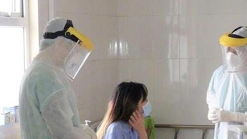 Một cô gái ở Hà Nội nghi nhiễm COVID-19 sau khi đi du lịch Đà Nẵng về