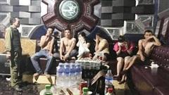Xử lý 6 trai làng, gái quê tổ chức 'tiệc' ma túy tại quán karaoke