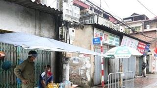 Người cùng toà nhà với nam nhân viên điều hành xe buýt nhiễm COVID-19 trốn khỏi nơi cách ly không có hợp đồng lao động tại Medlatec