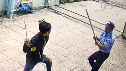 Từ chối cho gửi đồ bảo vệ chung cư ở TP Hồ Chí Minh bị chém