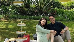 Hương Giang khoe ảnh hạnh phúc bên CEO người Singapore