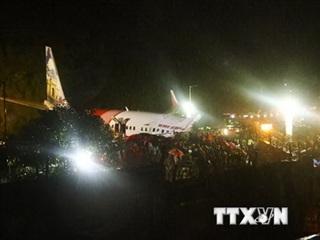Vụ tai nạn máy bay tại Ấn Độ: Tìm thấy các hộp đen tại hiện trường