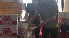 Phát hiện hơn nửa tấn bánh kẹo 'lậu' do nước ngoài sản xuất ở Hà Nội