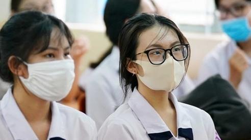 Bộ trưởng Phùng Xuân Nhạ: Thí sinh thi THPT Quốc gia đợt 2 cũng không phải lo lắng