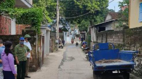 Hàng xóm nổ súng 'xử' nhau hai người chết, do mâu thuẫn tình ái