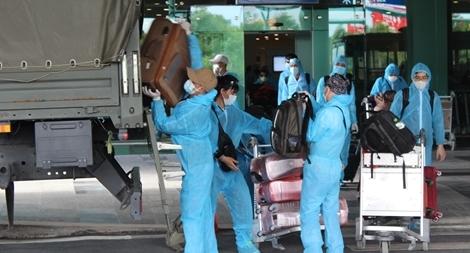Đón 271 công dân Việt Nam trở về từ Síp và Ả Rập Xê Út