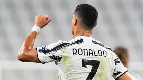 Ronaldo đàm phán PSG, Juventus sốt vó