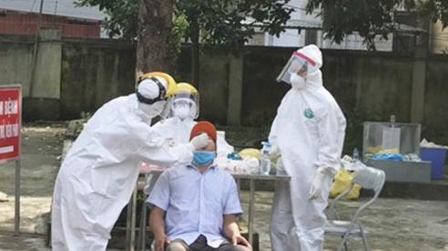 Huyện Mê Linh: Hơn 800 người sẽ được xét nghiệm Covid-19 bằng kỹ thuật RT-PCR