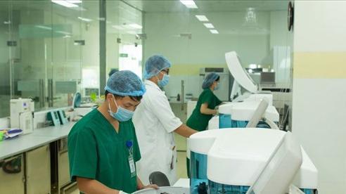 Tất cả các trường hợp sốt, ho, khó thở đều phải tiến hành xét nghiệm PCR