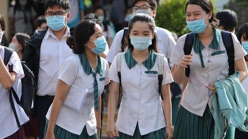Nhiều thí sinh ở Bắc Ninh, Điện Biên, Bình Phước phải thi đề dự bị do lỗi của giám thị