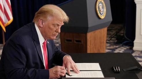Qua mặt Quốc hội, Tổng thống Trump ký sắc lệnh hỗ trợ người thất nghiệp 400 USD/tuần