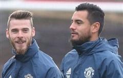 Man Utd xác nhận bán thủ môn, De Gea hay Romero ra đi