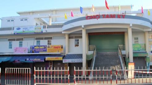 Quảng Nam: Dính 2 ca Covid-19, TP Tam Kỳ phong tỏa 2 khu dân cư