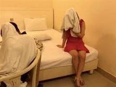 Bắt quả tang 2 cô gái bán dâm trong nhà nghỉ ở đất Cảng: Giá 3 triệu / lần 'vui vẻ'