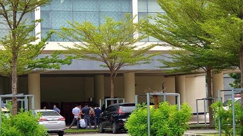 Thi thể nam nhân viên bất động sản trong khách sạn Becamex