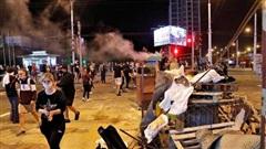 Vừa bầu cử xong, Belarus chìm vào biểu tình đổ máu