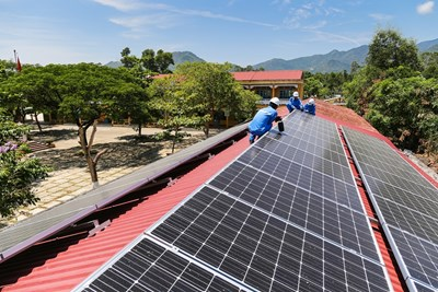 8.732 dự án điện mặt trời mái nhà đấu nối vào lưới điện tại miền Trung-Tây Nguyên